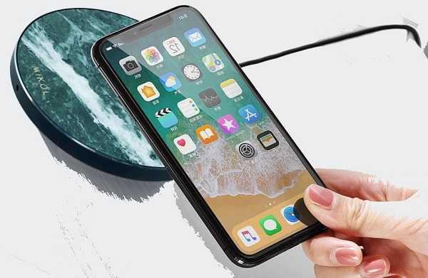 телефон на беспроводной зарядке