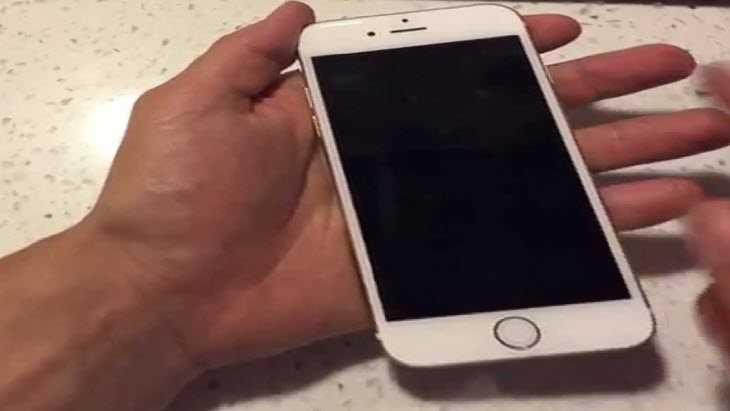 на iphone 6 работает черный экран